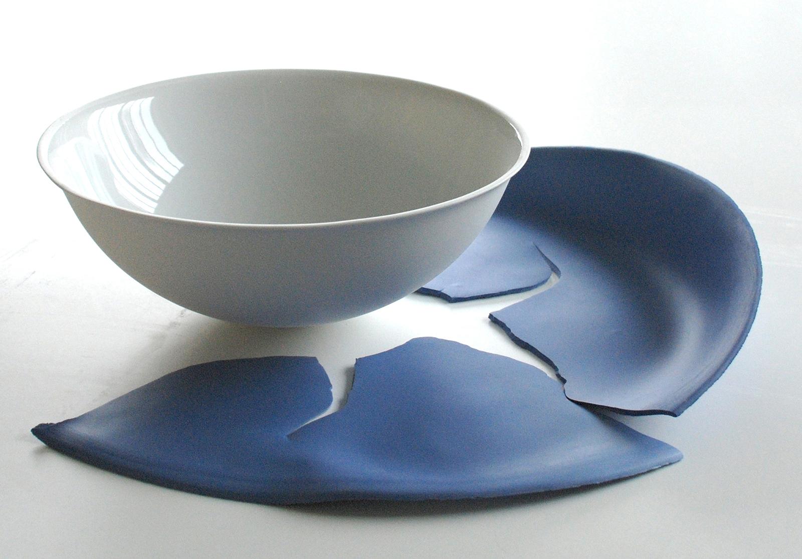 'Shadow' 2016 60 x 57 x 12 cm Porcelain
