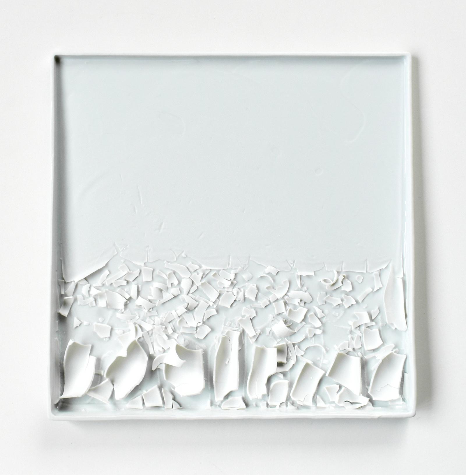 Bending or Cracking  28 x 28 x 2 cm Porcelain